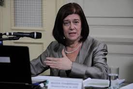 Diretora-geral da ANP diz que preço do barril do petróleo não ameaça pré-sal